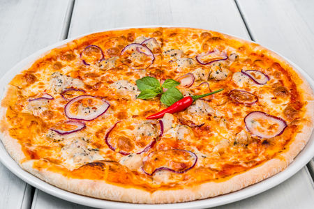 Пицца Пикантная