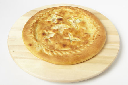 Пирог с курицей, сыром и зеленью