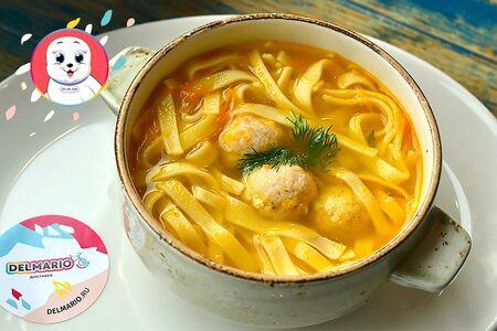 Куриный суп с кнелями и яйцом