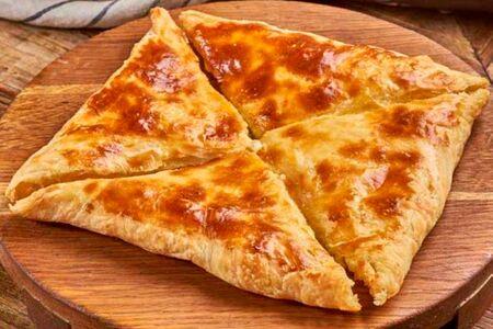 Хачапури Слоеный с сыром