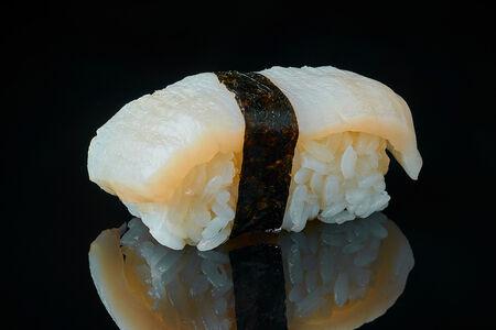 Нигири Морской гребешок