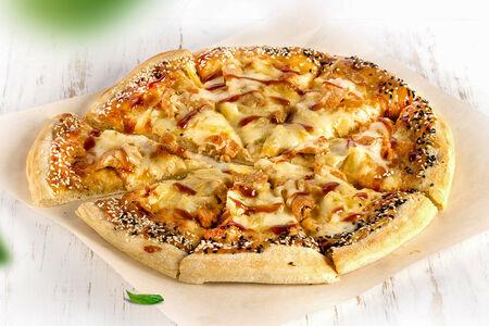 Пицца с куриным филе в соусе Терияки