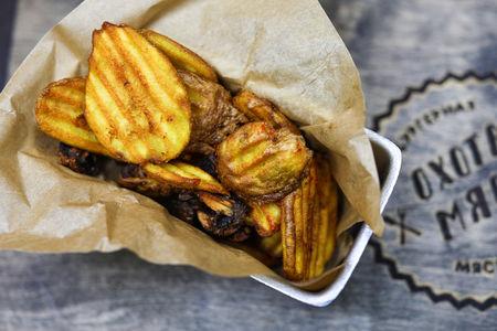 Волнистый картофель с шампиньонами