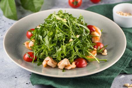 Салат из рукколы с креветками и цитрусовым соусом
