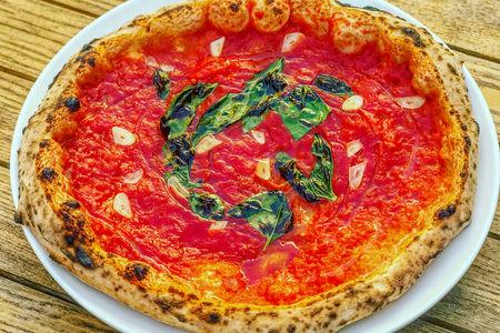 Пицца Маринара классическая