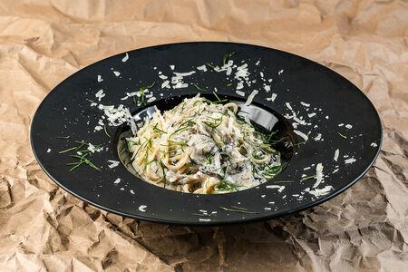 Паста Спагетти с грибами и трюфельной пастой