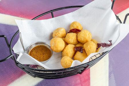 Сырные и картофельные шарики