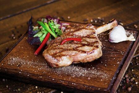 Ковбой стейк из диетического мяса