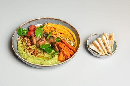 Хумус-муссы с запеченными овощами