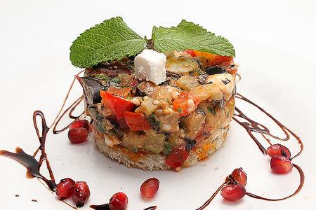 Теплый салат овощная сальса