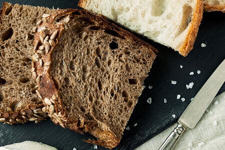 Хлеб с топпингами
