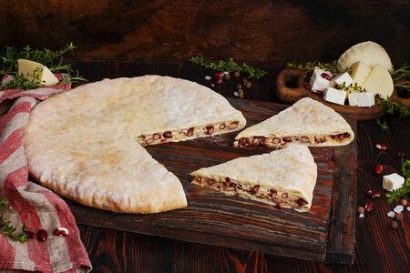 Пирог осетинский с фасолью и сыром