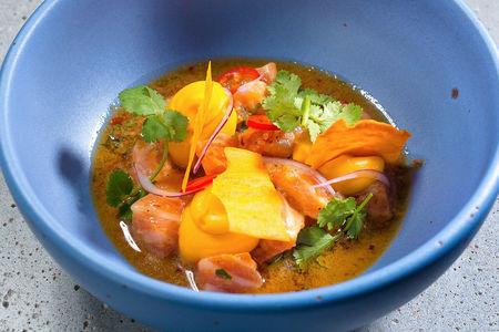 Севиче из дикого лосося с кремом из батата