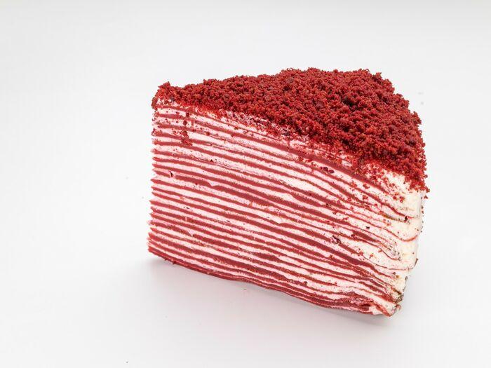 Кусочек Блинного торта Красный бархат