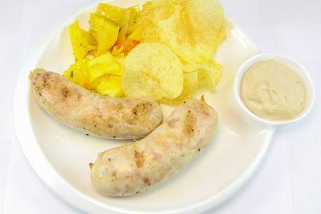 Колбаски из курицы