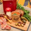 Фото к позиции меню Солянка сборная мясная с испанскими маслинами