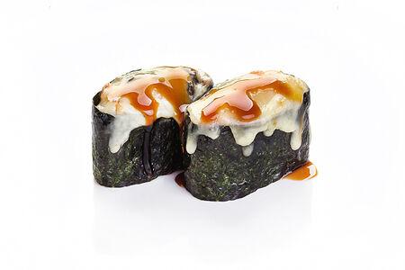 Запеченные суши под сыром Лосось