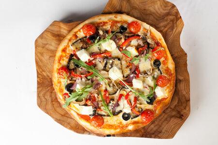 Пицца аджапсандали с сыром фета