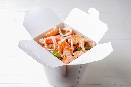 Вок Морепродукты с рисом в соусе терияки