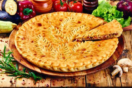 Фирменный пирог Курица Барбекю