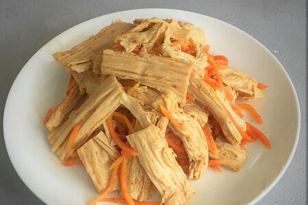 Салат Закуска корейская из спаржи и моркови