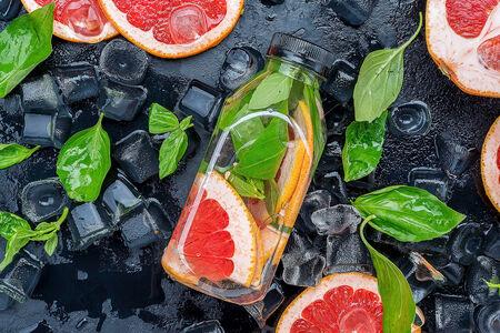 Detox Water с грейпфрутом
