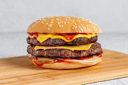 Чизбургер двойной Вау
