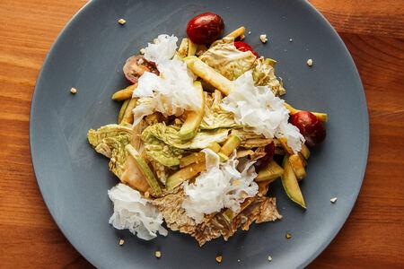 Тайский салат с фетой