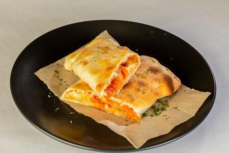 Пицца-ролл Острый с курицей