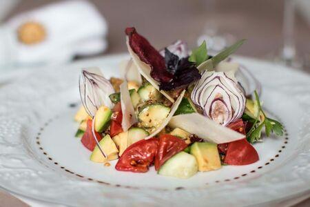 Салат овощной с сыром Грано Подано