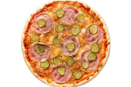 Пицца Ветчина и соленые огурчики