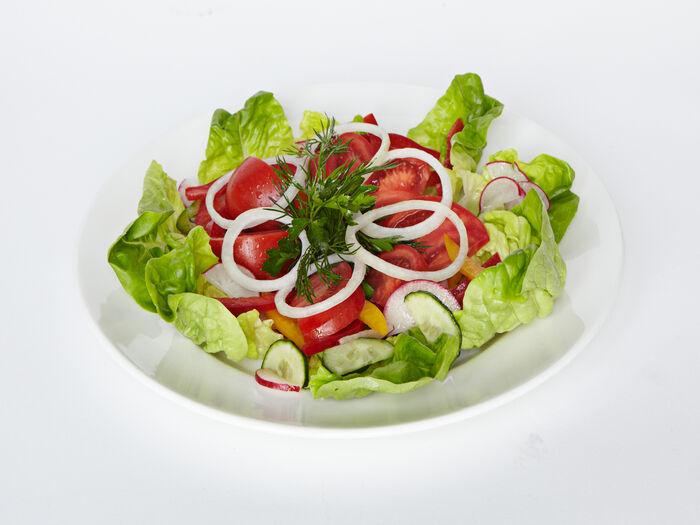 Свежие овощи с душистым маслом
