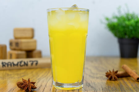 Лимонад персик-маракуйя