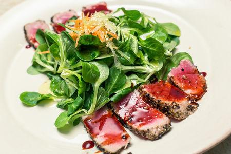 Салат с тунцом Фреш
