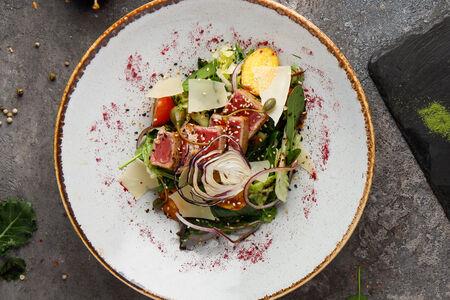 Салат с тунцом Yellow finn