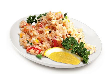 Жаренный Жасминовый рис с овощами и яйцом