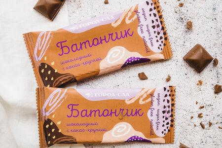 Батончик шоколадный с какао-крупкой
