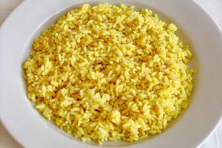Рис отварной золотистый