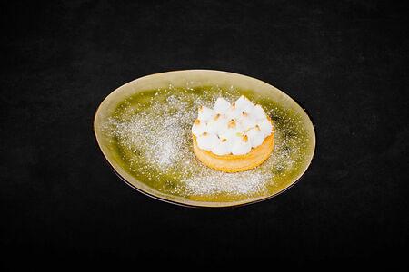 Тарт Пралине с соленой карамелью