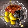 Фото к позиции меню Вяленые томаты, оливки, маслины