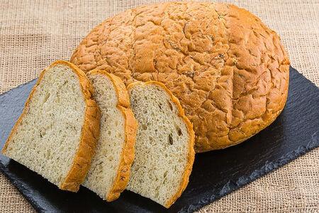 Хлеб белый с укропом