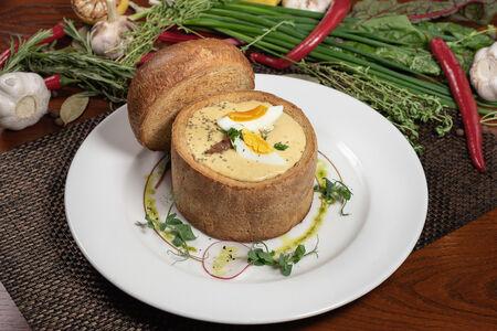 Британский пивной суп в хлебе