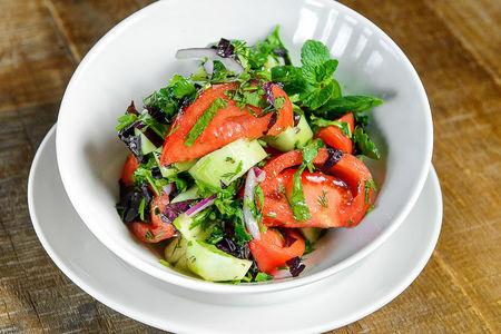 Салат по-сухумски