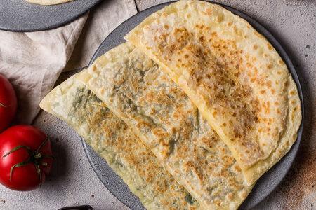 Янтыкъ с сыром и зеленью