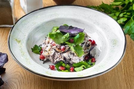 Салат с говядиной и баклажанами