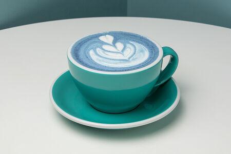 Чай Блю матча-латте