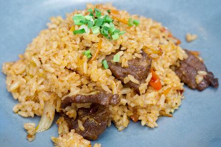 Рис с говядиной и сладким перцем