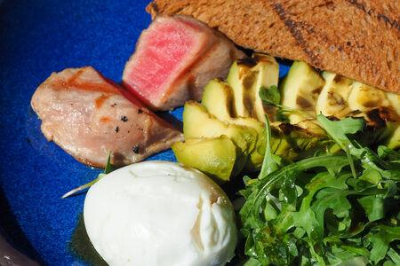 Завтрак More>мясо