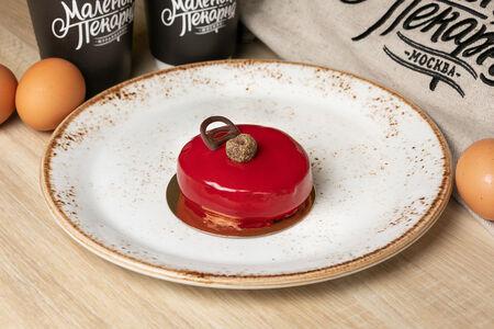 Пирожное Брюгге шоколадное с вишней