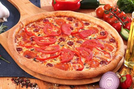 Пицца Мясная де люкс пышная